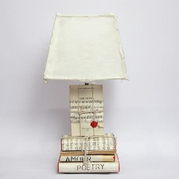 cado-contract-lampara-de-libros-antiguos-pequena_250