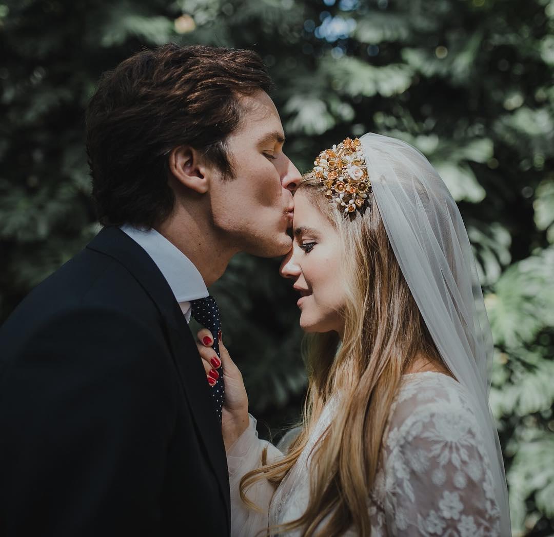 ¿Qué es para ti el #amor? Para mi es cuando antepones el bienestar de la otra persona antes que el tuyo propio ❤️ #love #wedding #sanvalentin